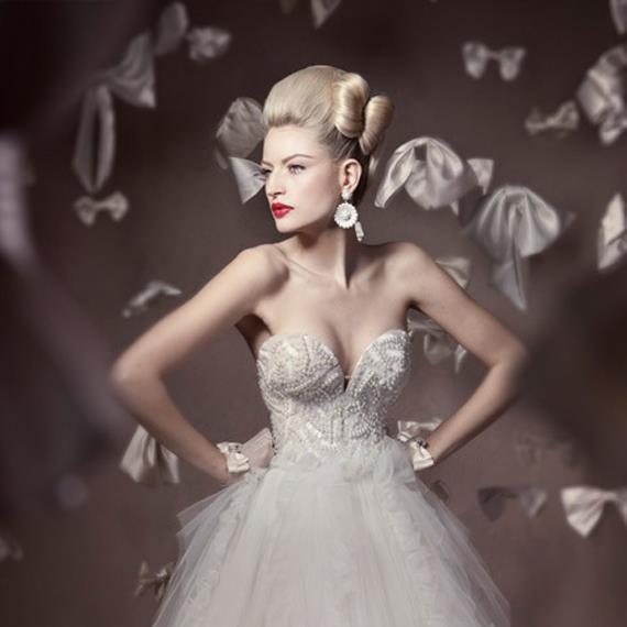 wedding-dresses-Bridal-Bouquets-ideas-rings-happy-love-romantic-10