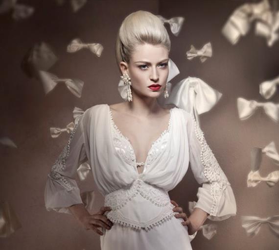 wedding-dresses-Bridal-Bouquets-ideas-rings-happy-love-romantic-11