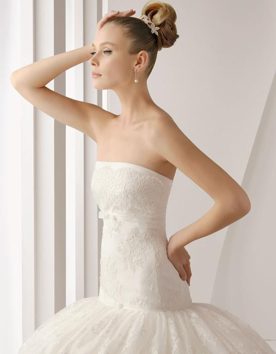 wedding-dresses-Bridal-Bouquets-ideas-rings-happy-love-romantic-12