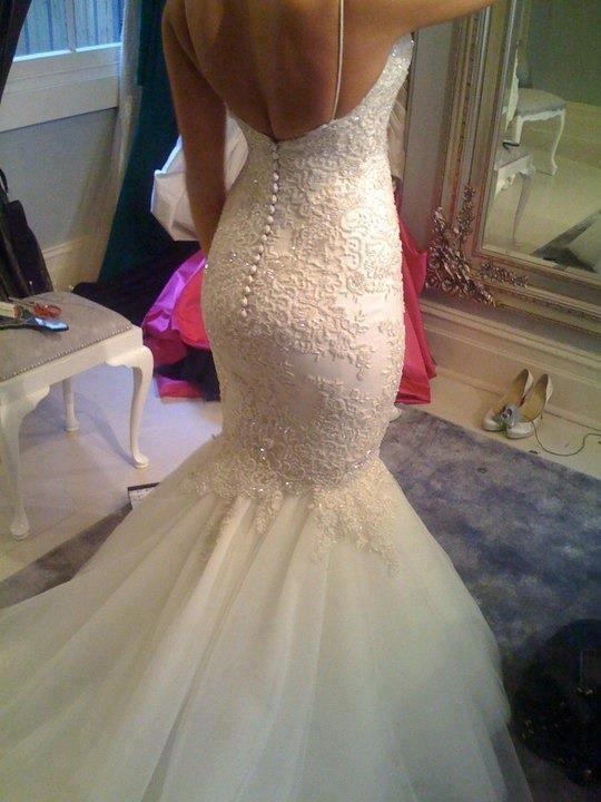 wedding-dresses-Bridal-Bouquets-ideas-rings-happy-love-romantic-15