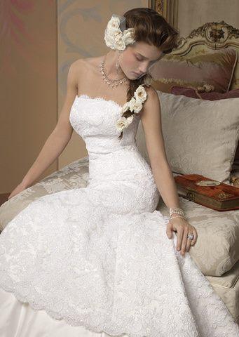 wedding-dresses-Bridal-Bouquets-ideas-rings-happy-love-romantic-17
