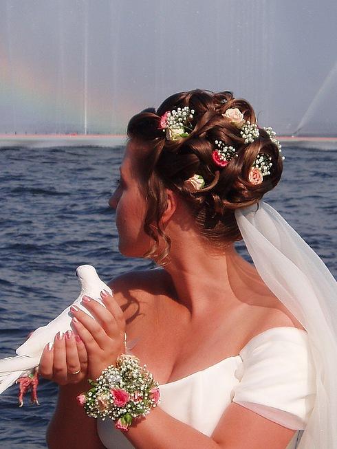 Modele të ndryshme flokësh për nuset – Hair styling for brides