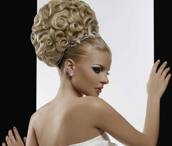 25 Modele Flokësh për Nuse – Pjesa 4 - Bukuri.com