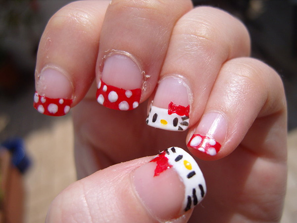 pretty-hello-kitty-nails