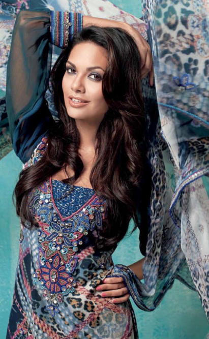 Gul-Ahmeds-Summer-Collection-2010-1-04-500x812