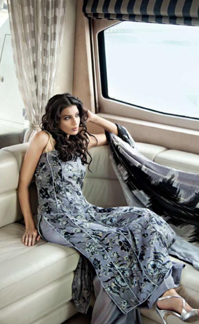 Gul-Ahmeds-Summer-Collection-2010-1-08-500x812