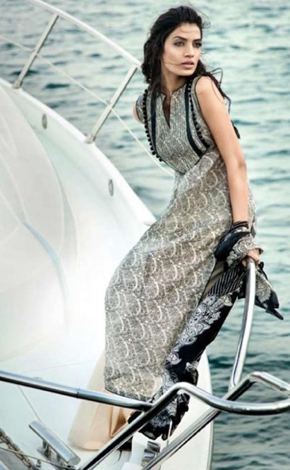 Gul-Ahmeds-Summer-Collection-2010-1-13-500x812
