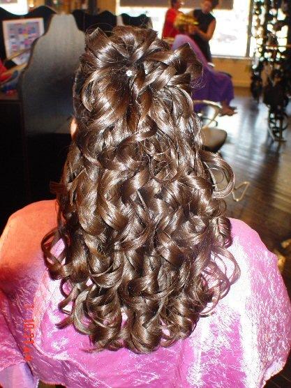 flokë-kaçurrela