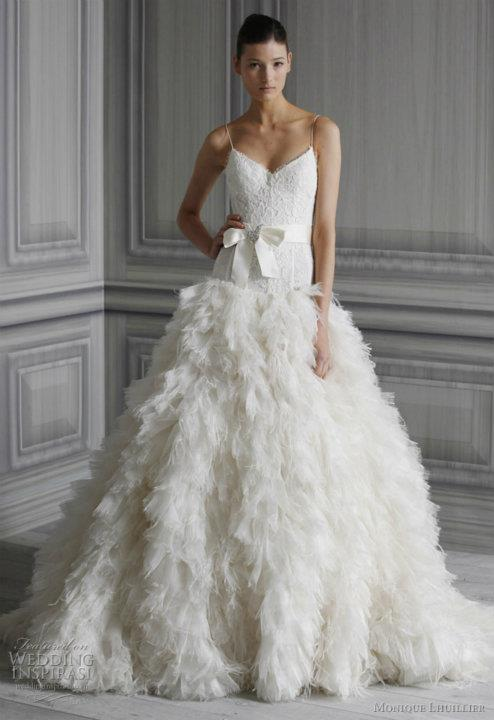 wedding-dresses-Bridal-Bouquets-ideas-rings-happy-love-romantic-04