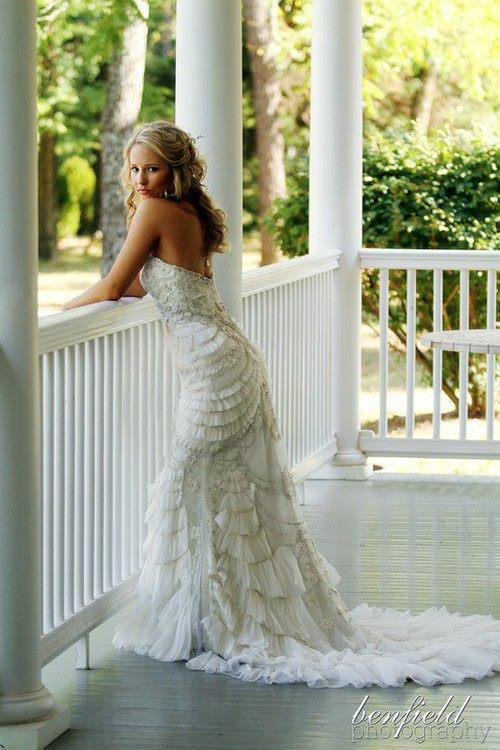 wedding-dresses-Bridal-Bouquets-ideas-rings-happy-love-romantic-23