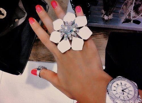 beauty-jewellery-fashion-trendy-love-hot-sexy-girls-16