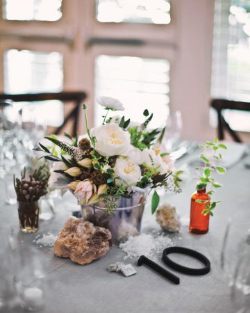 wedding planning-tavolina-tables-ideas-numbers-flowers-02